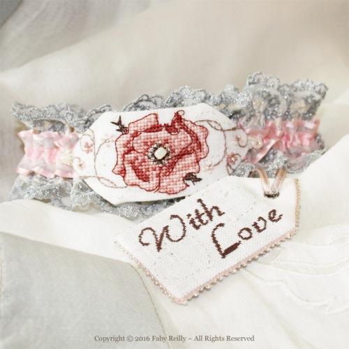 Sepia Rose Garter