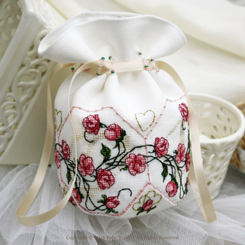 Sweet Roses Pouch