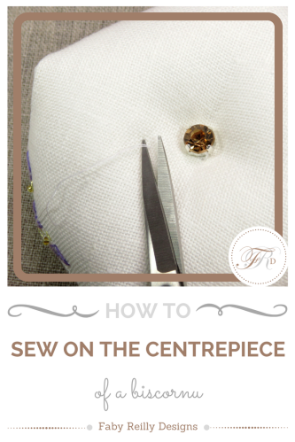 How to sew on the centrepiece of a biscornu
