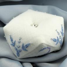 Frosty Snowflake Biscornu - Faby Reilly Designs
