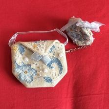 Flora Pouch stitched by Bernadette