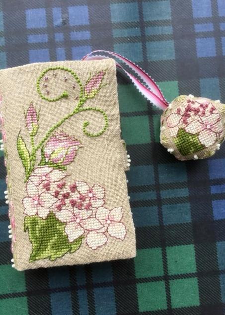 Lizzie Wallet stitched by Debbie