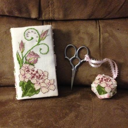 Lizzie Wallet stitched by Donna