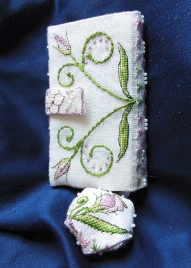 Lizzie Wallet stitched by Ina