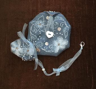 Flora Pouch stitched by Karen