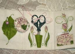 Lizzie Wallet stitched by Rita